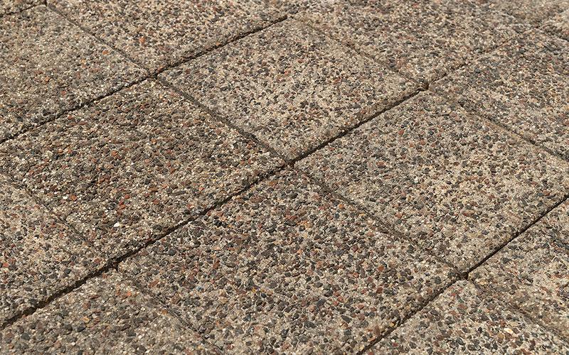 Тротуарная плитка Лувр 60 мм BRAER гранит на сером 200х200мм - фото